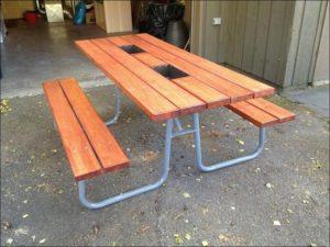 Как сделать уличный стол для дачи своими руками