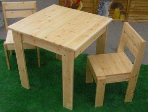 Как сделать уличный стол для дачи